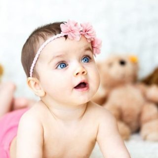 How To Conceive A Girl – 9 Tips To Conceive A Baby Girl in Hindi